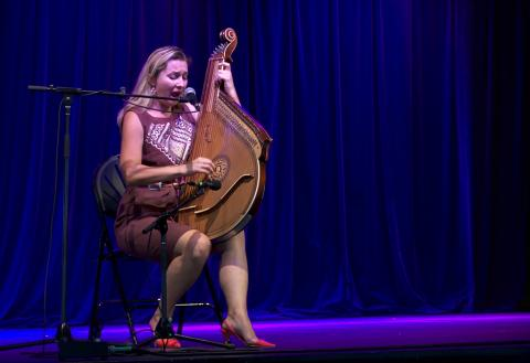 Larissa Kovalchuk - Ukranian Bandura, outstanding shoes and Vocals - Woodford 2015