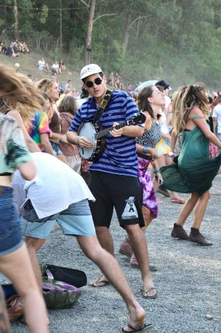 That feel when you realise you brought a banjo to a hair fight - Woodford 2015